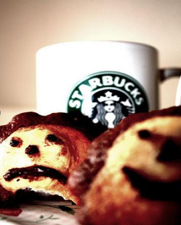 Oxfam. Campaña para pedir a Starbucks un sueldo digno para los trabajadores del café de Etiopía. Los usuarios enviaban fotos. 100.000 personas se involucraron.